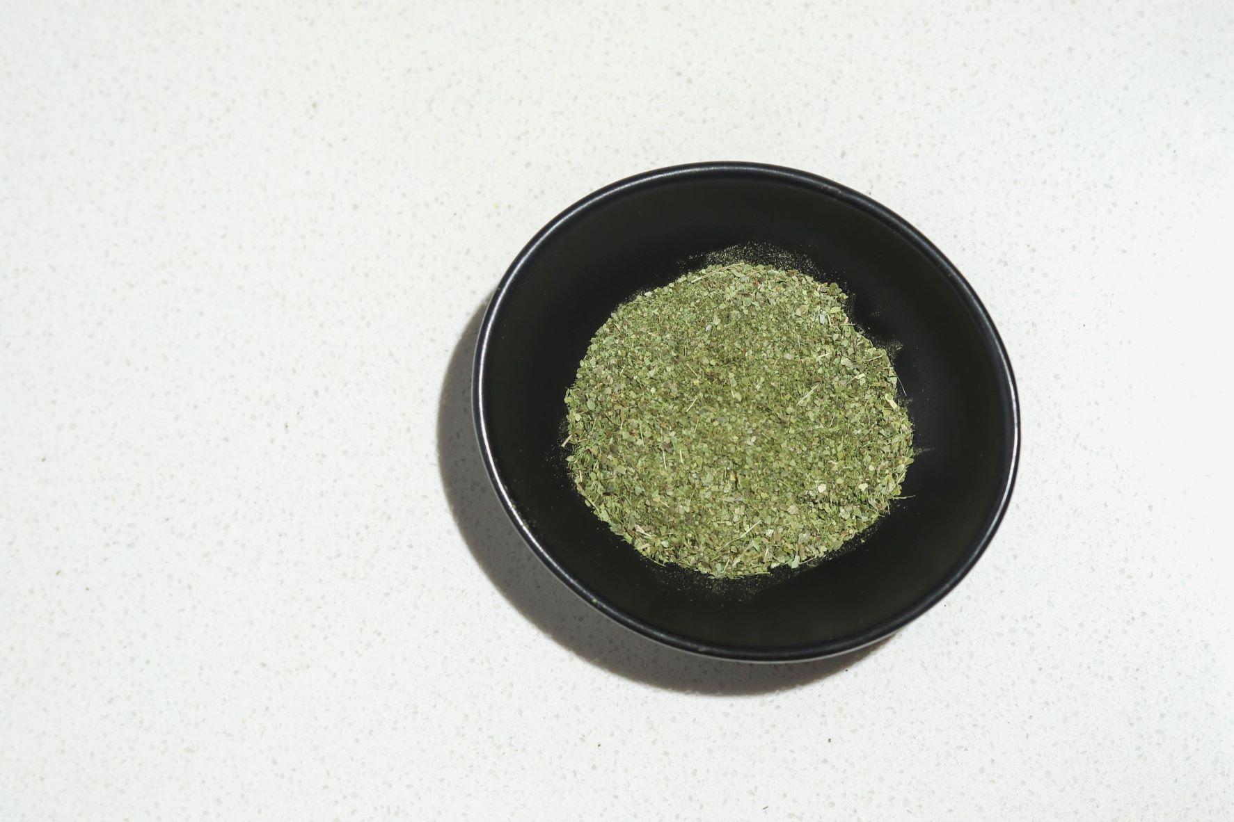 Guayusa tea ilex guayusa product shot